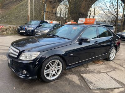 Mercedes-Benz C Class 2.1 C220 CDI BlueEFFICIENCY Sport 4dr Auto Saloon Diesel Black at R & J Car Sales Limited	 Halifax