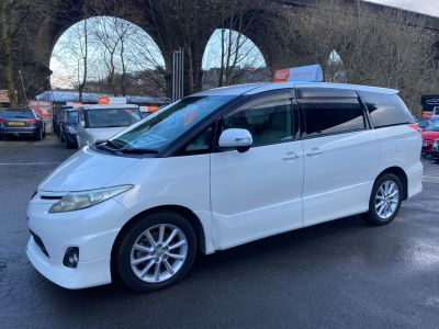 Toyota Estima 2.4 MPV Petrol White at R & J Car Sales Limited	 Halifax