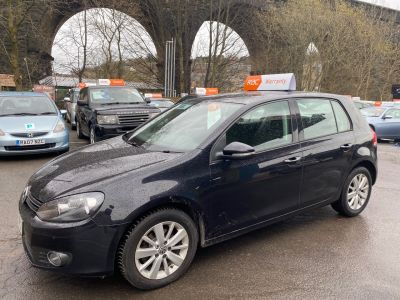 Volkswagen Golf 1.6 TDi 105 BlueMotion Tech Match 5dr DSG Hatchback Diesel Black at R & J Car Sales Limited	 Halifax