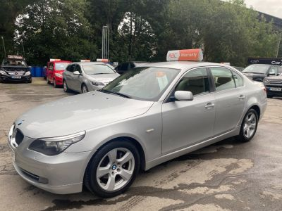 BMW 5 Series 2.0 520d SE 4dr Step Auto [177] Saloon Diesel Silver at R & J Car Sales Limited	 Halifax