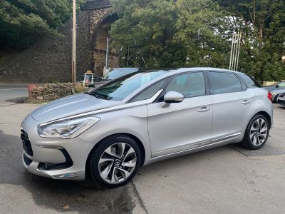 Citroen DS5 2.0 HDi DSport 5dr Auto Hatchback Diesel Silver at R & J Car Sales Limited	 Halifax