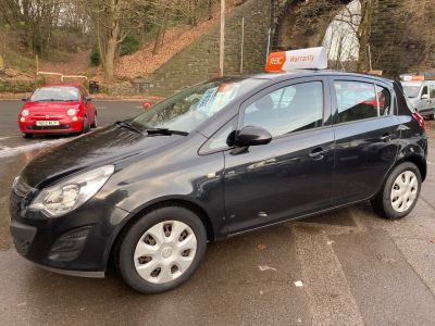 Vauxhall Corsa 1.2 Exclusiv 5dr Easytronic [AC] Hatchback Petrol Black at R & J Car Sales Limited	 Halifax